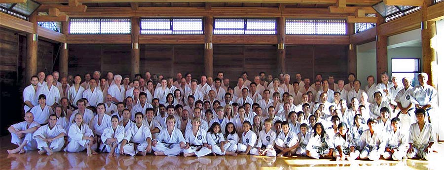 group photo from Dec 1,2007 year end practice (Ohshima Sensei standing at far right)